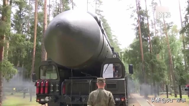 美军首次公开新型导弹打击目标画面!俄罗斯发出警告……