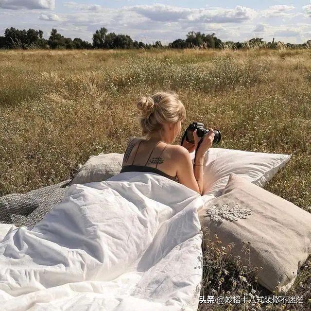 德国女摄影师的66平小家,羡煞旁人!全屋被绿植包围,看着超治愈