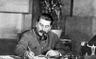 斯大林为何最后下令不许碰希特勒?