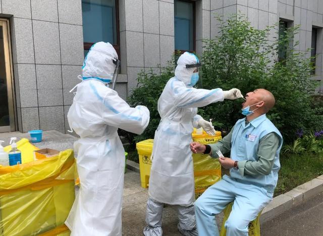 给你硬核安全!大连港医院完成全院职工核酸检测工作