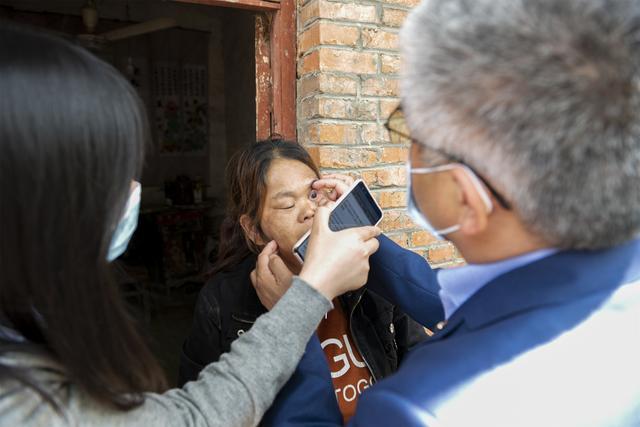 阜阳市妇女儿童医院开辟脱贫攻坚「新战场」