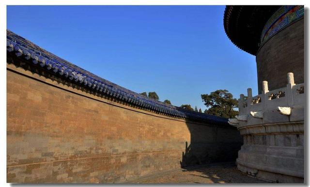 天坛祈年殿中有4根高19.2米,底面直径为1.2米的龙井柱,(1)4根龙井柱的周长一共是多少 讲解 急急急!!!