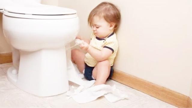一岁半的宝宝天天拉两至三次的大便正常吗