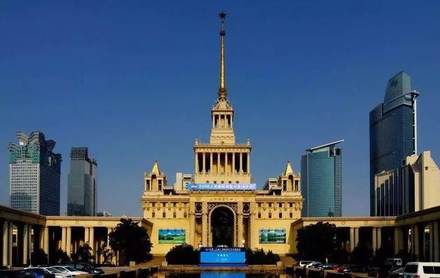 下图所示的出版机构  ①创办于洋务运动时期 ②创办于上海 ③是近代中国历史最长的出版机构 ④是近代中国