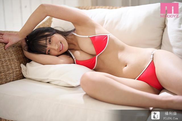 2020新战力之一! MOODYZ火力展示G奶苗条美少女深泽祈(深沢いのり)!