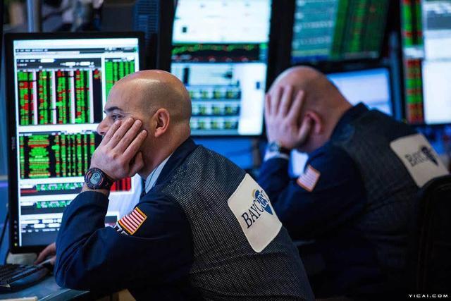 美股真正跌入熊市,但分析师警告抛售或远未结束,巴菲特:不严重