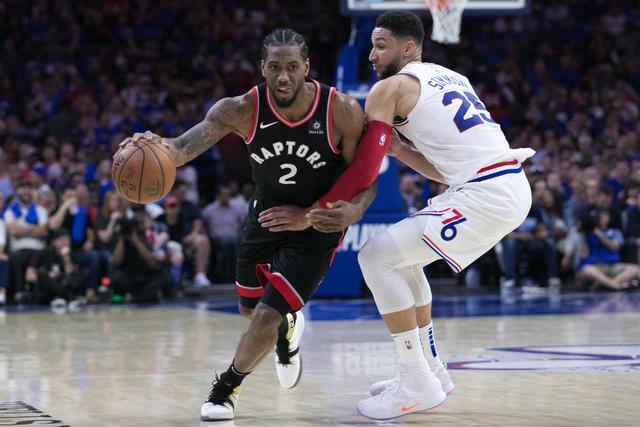 有意思!NBA常规赛,湖人不敌猛龙,部分球迷开始围攻伦纳德