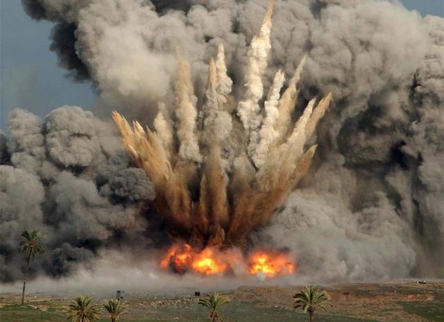 美军接连2天遭火箭弹来袭,频繁突击防不胜防,网友:大快人心