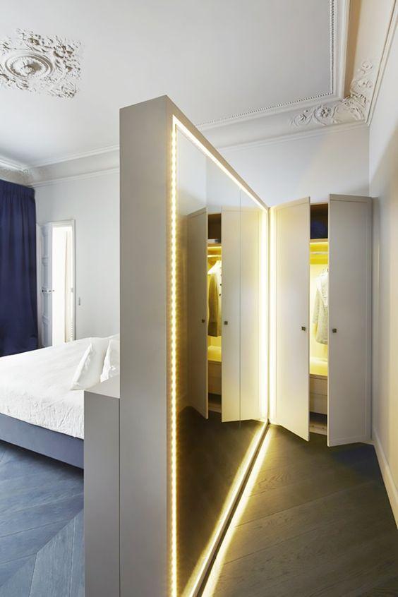 大卧室要这样设计,床头往后移70cm,一家人衣物有得放,不乱糟糟