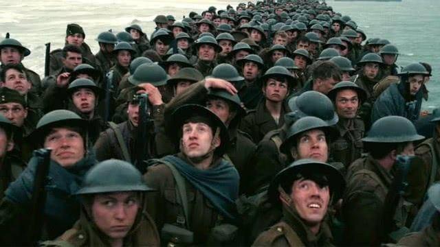 二战最受尊敬的投降,全军向战俘列队敬礼,他们虽败犹荣