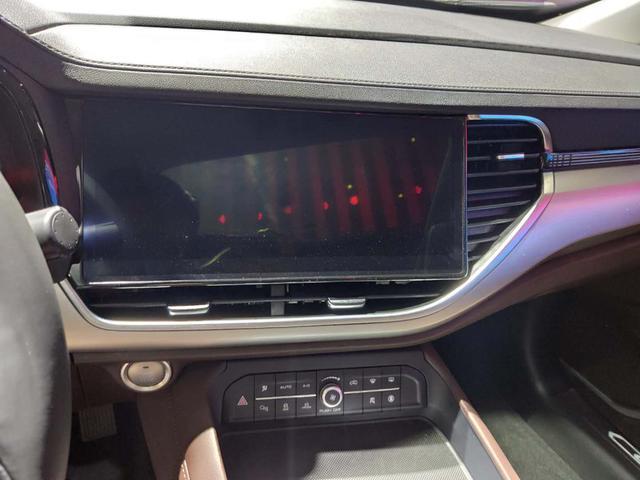 坐在车内就能刷抖音,2021款哈弗F7将在9月上市
