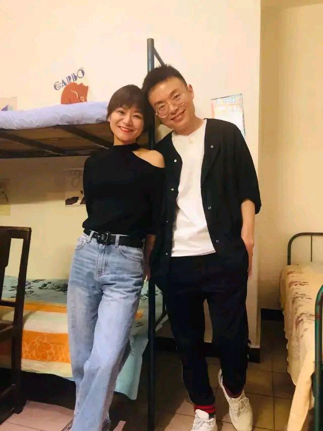 思文和睡在上铺的兄弟程璐离婚了,网友担心:梁海源怎么办?