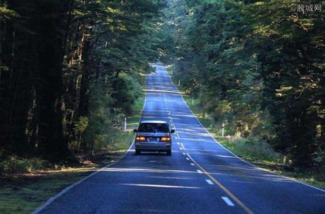 关于新西兰自驾游过程中给汽车加油问题