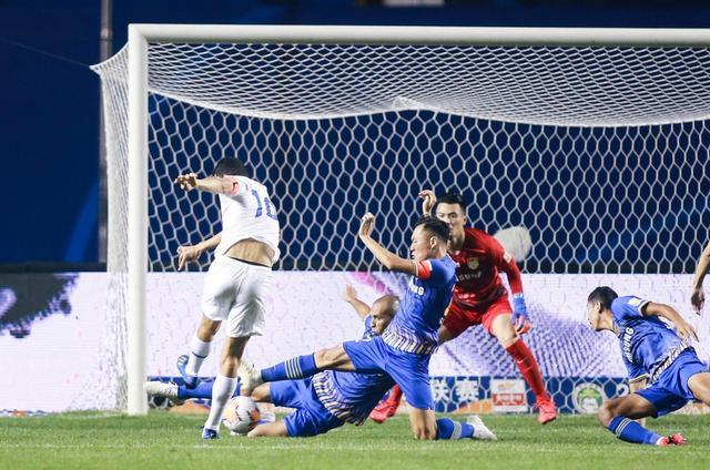 莫雷诺200场中超里程碑一击致命!申花1-0送苏宁赛季首败