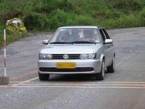 汽车上坡转速4000转对车有伤害吗
