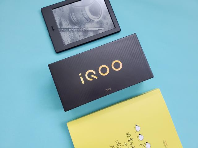 全球首搭天玑1000Plus,iQOO Z1综合性能出色