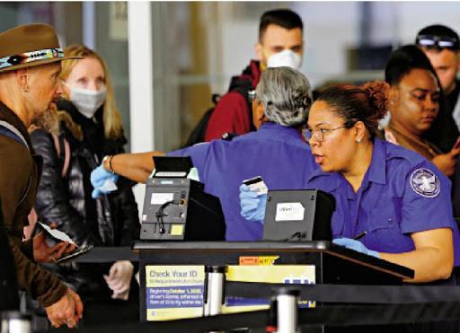 我怀疑你有病!美媒称特朗普正考虑禁止部分美国公民入境美国