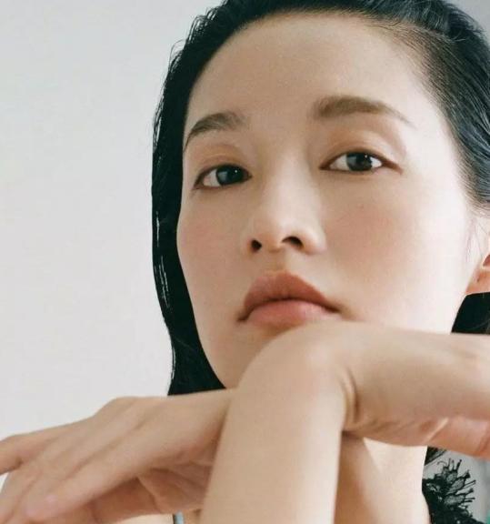 我笑了,外国友人到底对中式妆容有什么误解?