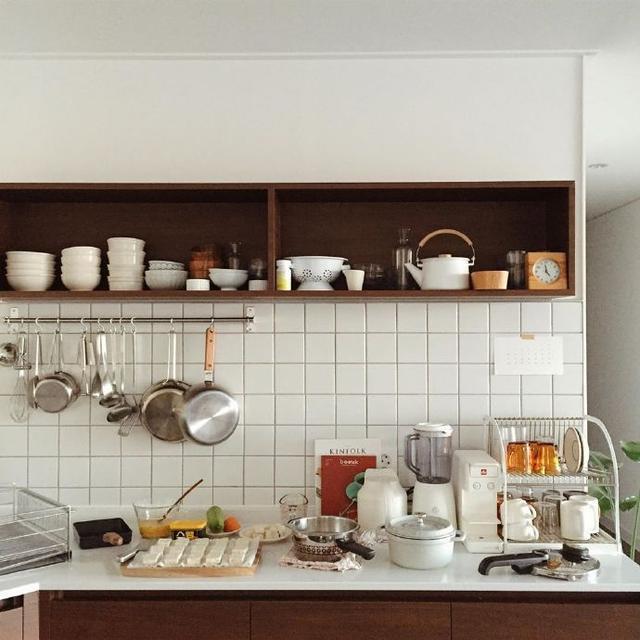 """这样的厨房看着就很爽,日韩厨房就是一个极致的""""素与简"""""""