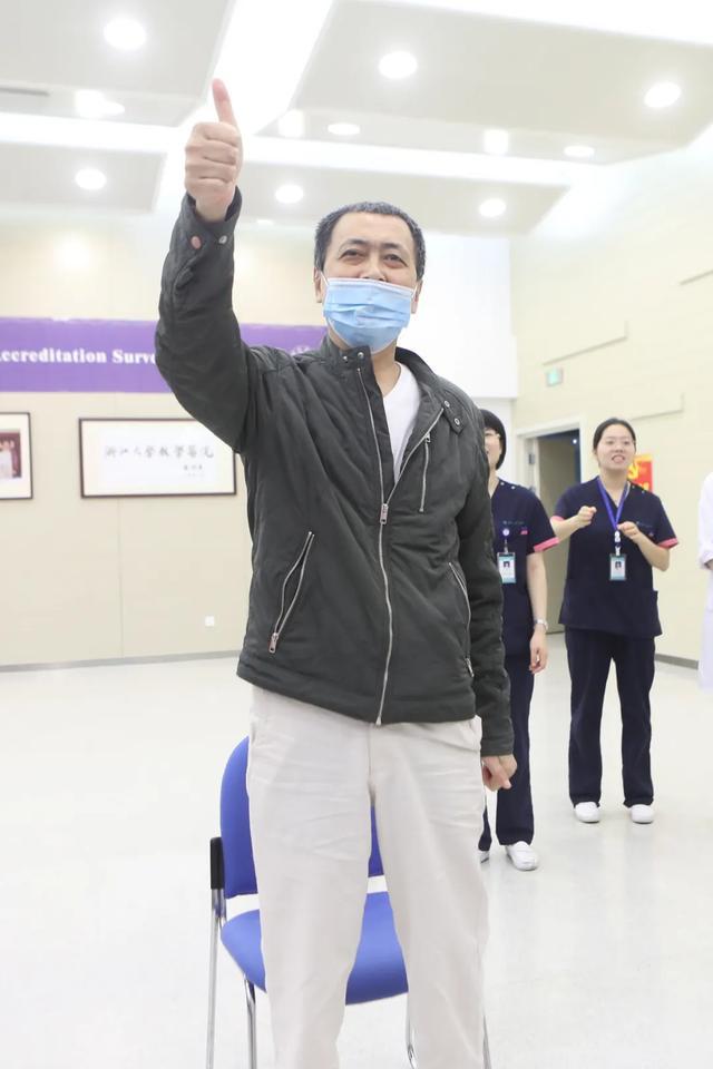 康复新速度!树兰医院首例肺移植手术患者出院!