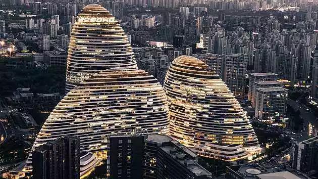 SOHO中国:一卖到底,潘石屹清仓或套现178亿离场,此前已卖85亿