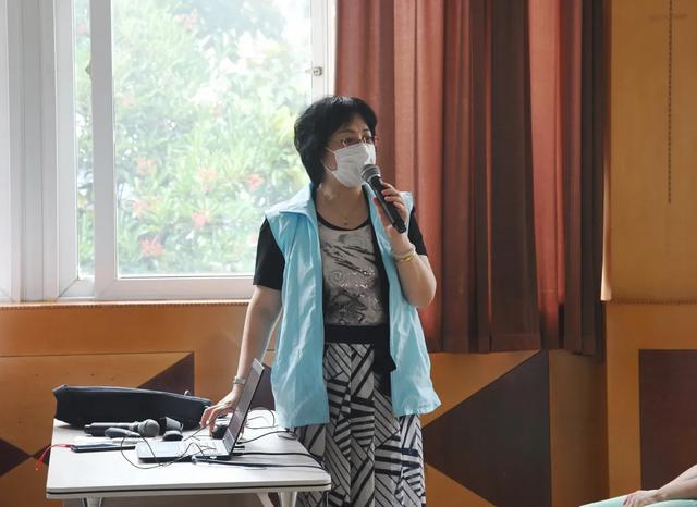 上海二康党员志愿者赴淞南阳光家园开展公益活动