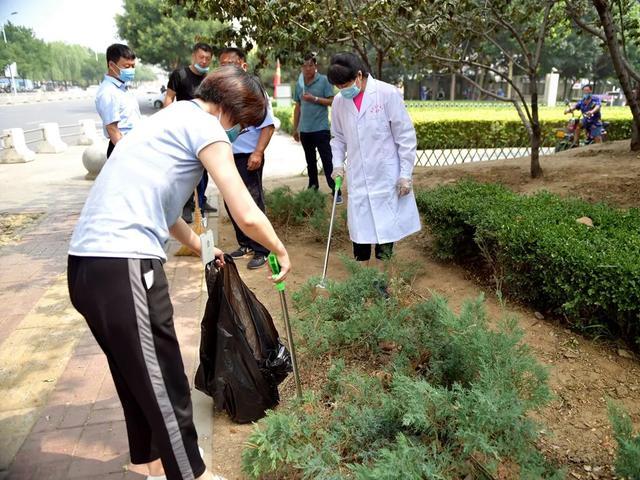 蓟州区人民医院开展「庆七一、亮旗帜、做表率」环境综合整治活动