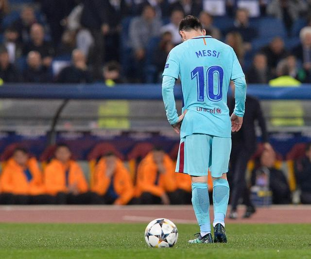 欧冠淘汰赛梅西6年12球和C罗的7场13球,谁更伟大?