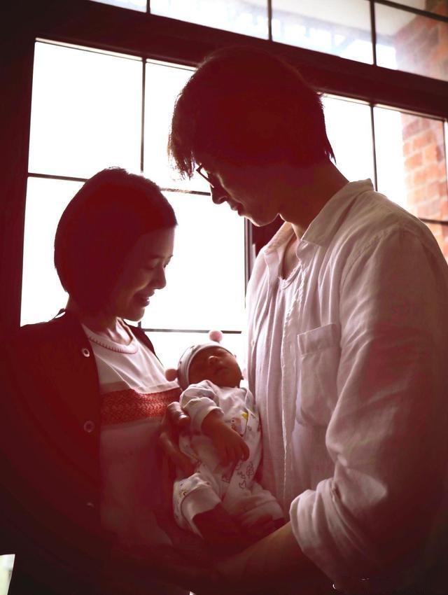 """""""东方台一姐""""陈辰41岁高龄生女,胎教神奇,孩子在娘胎里就赢了"""