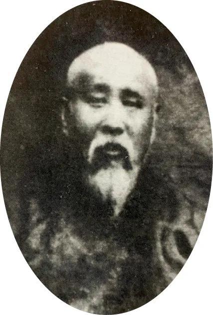 一念莲花开 · 明代永乐皇帝御制瓷青金藏经