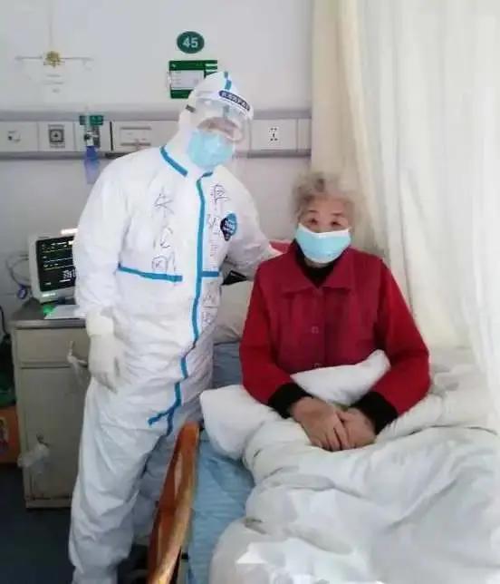 绵阳市中心医院援鄂医疗队队员朱伦刚荣获武汉市五一劳动奖章