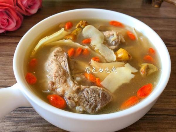 适宜合冬天的仙人汤,滋补养生营培养份又好吃,由于你务必务必