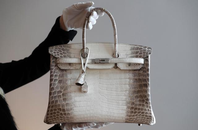 一群爱马仕工匠制作假包卖到亚洲,进账400万欧元后被告上法庭