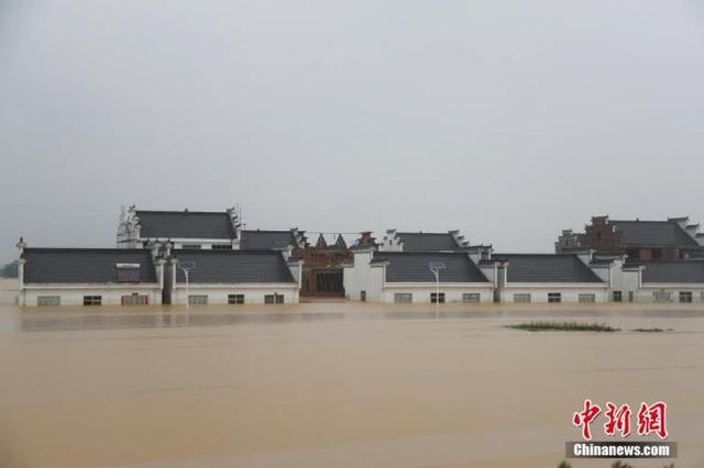 中国最大淡水湖鄱阳湖水位突破1998年历史极值