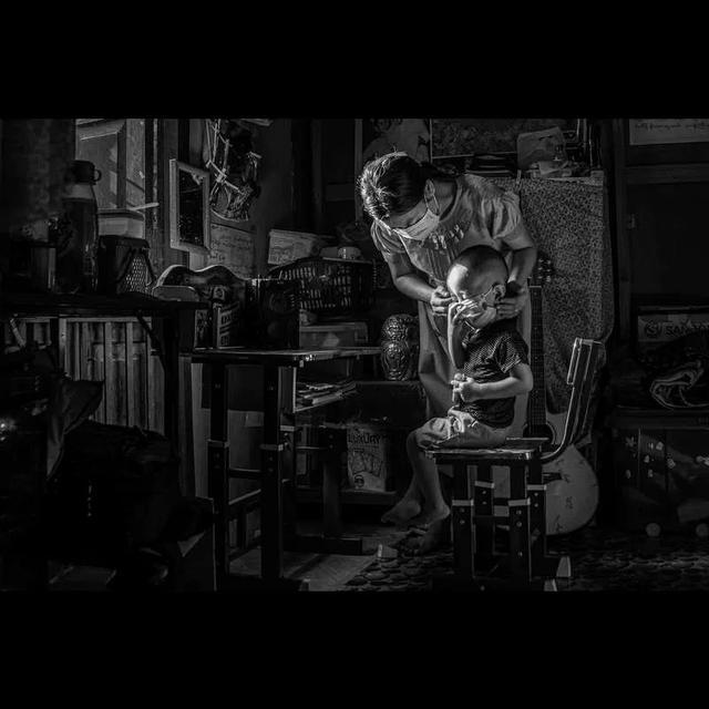 """""""家里蹲""""国际摄影大赛结果揭晓"""
