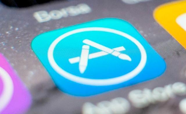 一天内超3万款无版号游戏下架,App Store疯狂加班
