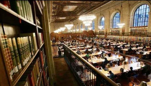 """英国高等教育行业因疫情损失超1700亿元,欧美大学迎""""至暗时刻"""":教授被裁,多所百年高校永久关闭"""