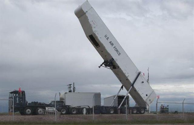 """美军试射""""民兵""""3洲际导弹两个做法很不寻常,预示核武部署重大调整"""