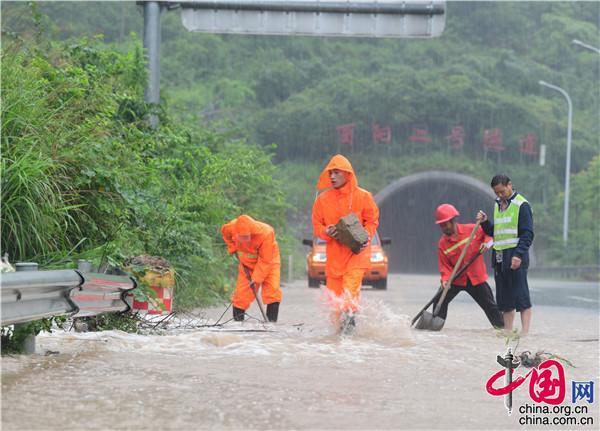 全北京都在等的雨今早为何没下?气象专家这样说