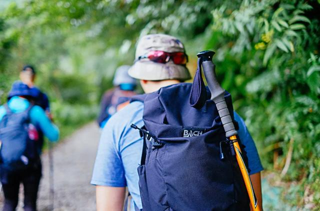 户外背包一般买多少升的?你怎样选择单天的户外背包?