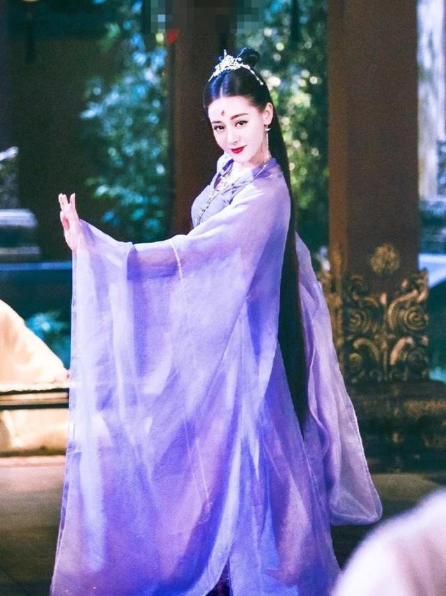 《枕上书》中热巴被删掉的造型,紫衣的她太美,可以去出演七仙女