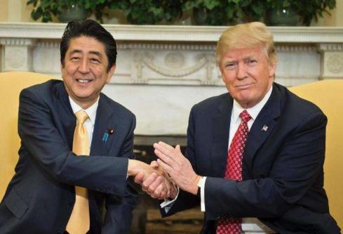 好事不干学坏事?日本议员提议加入美国对华制裁,中方警告已放出