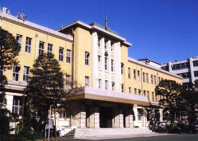 从日本医师国家资格考试合格率看医学部排名