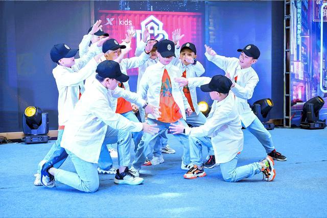 民族品牌筑梦少儿街舞:特步儿童携手CHUC打造世界街舞潮趴