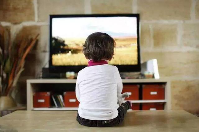 千元智能电视机 满足一家人对电视机的想象