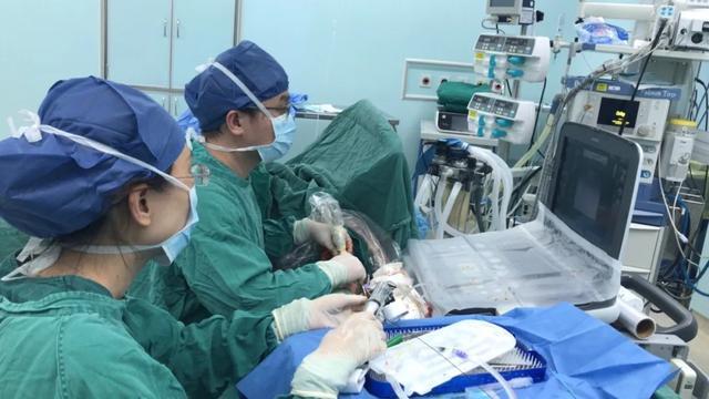血透病人血管半年堵两回,取出血栓 15 公分长