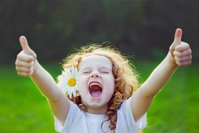 12岁之前,不管多难也要让孩子养成4个好习惯,未来他会感激你