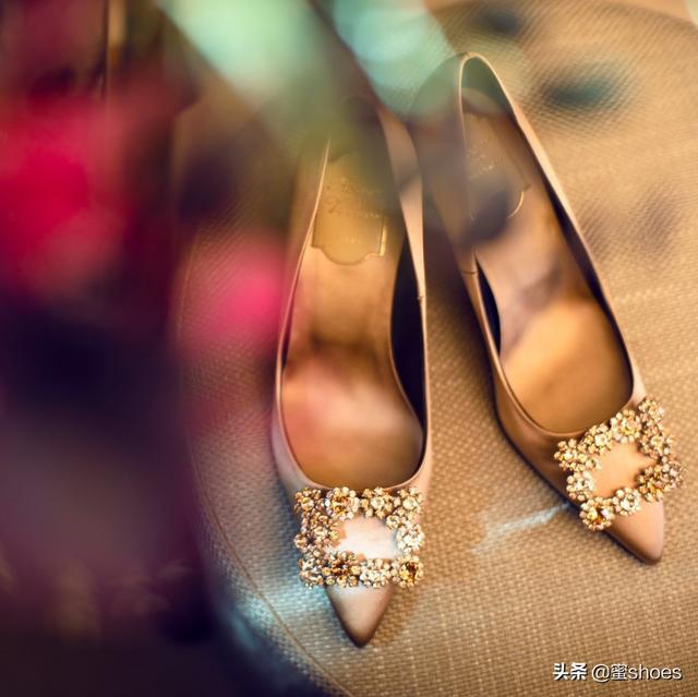 除了會選高跟鞋,女人也要會挑婚鞋!這些選擇的技巧你了解嗎