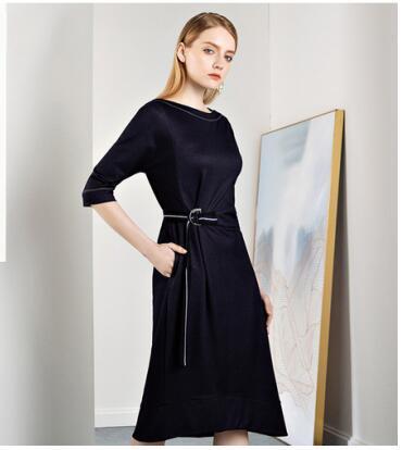 高价值且兼具盛行审美戈蔓婷品牌女装穿出自我的个性与气质