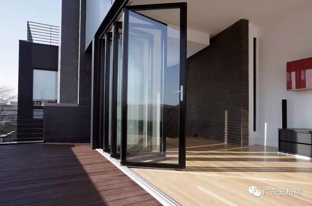铝合金门窗加盟品牌该怎么样选择?